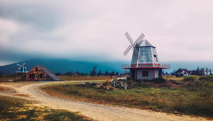 Lấy cảm hứng từ làng quê phương tây cổ. (Nguồn: chudu24)