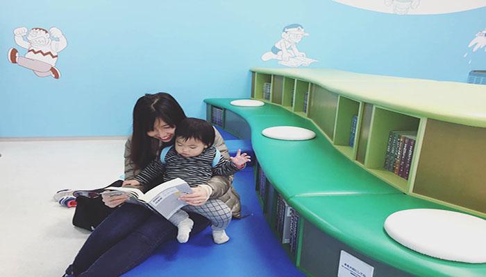 Tại góc manga này có đầy đủ các tập truyện Doraemon từ tập đầu đến tập cuối, kể cả ngoại truyện cho bạn tha hồ đọc cả ngày. Nguồn: balodeplao.com