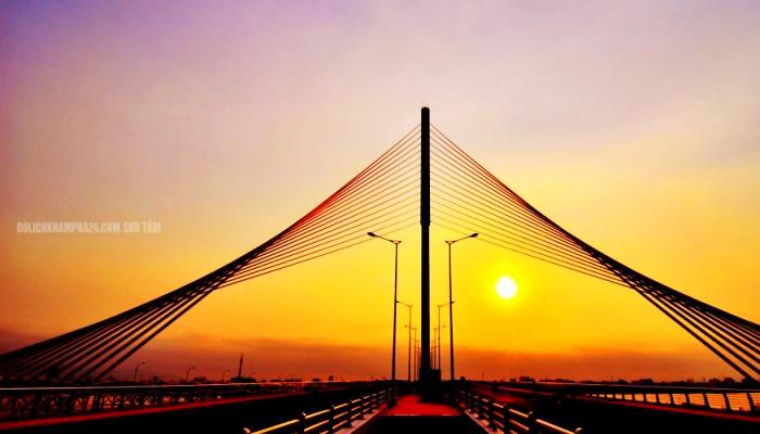 Cầu Trần Thị Lý có hình dáng đơn giản hiện đại. (Nguồn: dulichkhampha24h)