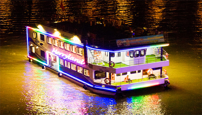Chuyến du thuyền về đêm trên dòng sông Hàn. (Nguồn: lamanhtravel.com)