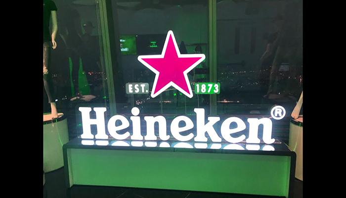 """""""The World of Heineken"""" nằm tại 3 tầng cao nhất của tòa nhà Bitexco. Nguồn: i.ytimg.com"""