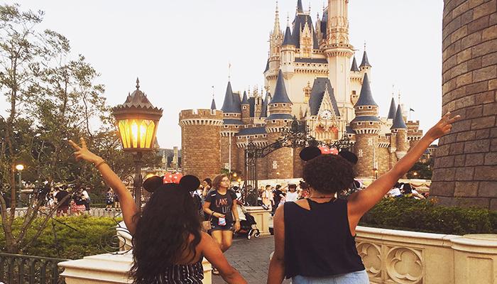 Tokyo Disneyland ẩn chứa nhiều điều khác biệt thú vị của riêng mình. (Nguồn: monomonaque@ins)