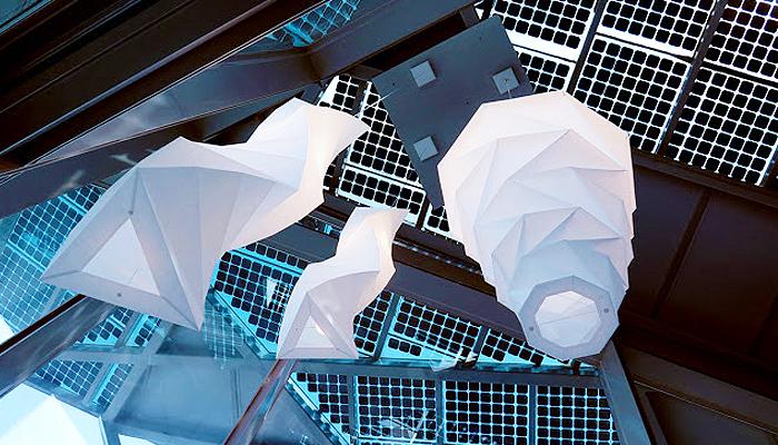 Jun Mitani thiết kế chiếc đèn này cho Artimede Lighting thông qua việc sử dụng một chương trình toán học.