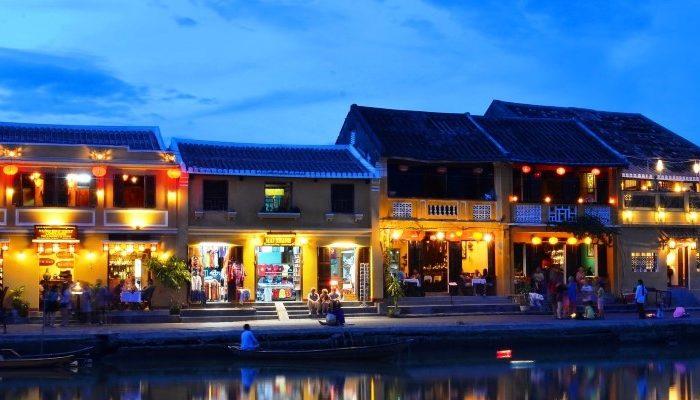 Kiến trúc được cho là phục cảnh chân thực nhất Hội An xưa. (Nguồn: vietnamnet)