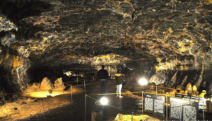 """Hyeopjaegul và Ssangyonggul Caves là hai hang động """"hai chiều"""" duy nhất trên thế giới."""