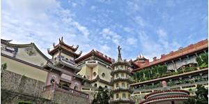 Hình của Tour Đền Kek Lok Si và đồi Penang