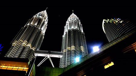 Hình đại điện của danh mục Tháp đôi Petronas