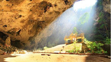 Hình đại điện của danh mục Phraya Nakhon Cave