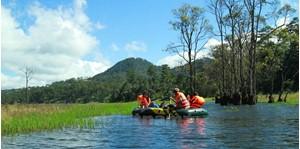 Hình của Tour Hồ Tuyền Lâm - chèo thuyền ngắm lá phong