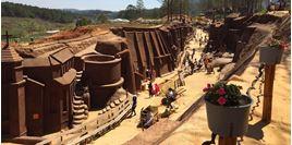 Hình của Tour đường hầm điêu khắc Đà Lạt