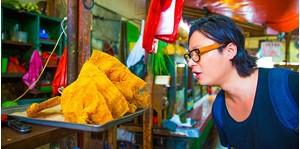 Hình của Dạo bộ thưởng thức ẩm thực đường phố Jakarta