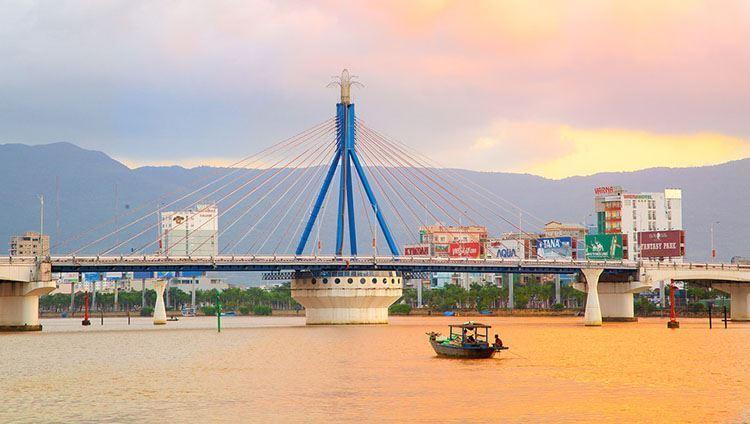 Du thuyền sông Hàn - tàu Phú Quý