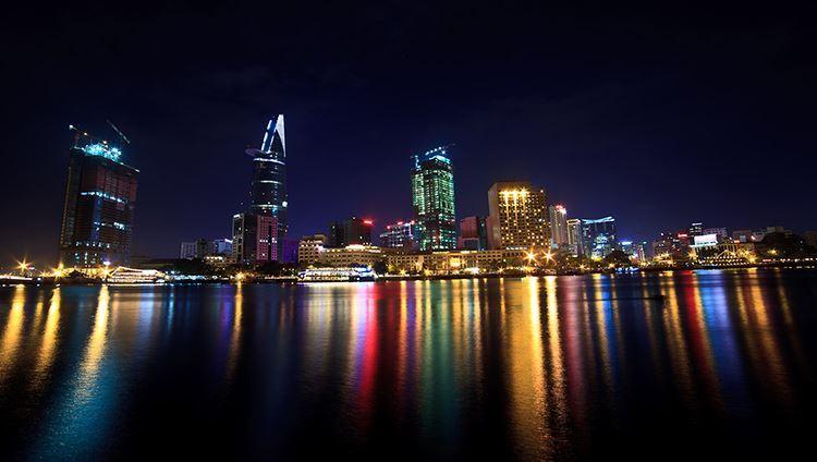 Ăn tối trên tàu Sài Gòn giá rẻ