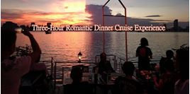Hình của Ăn tối lãng mạn trên sông Phnom Penh (đưa đón bằng tuk tuk)