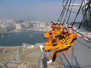 AJ Hackett Macau: Nhảy Bungy HOẶC Đi bộ trên không (Skywalk)