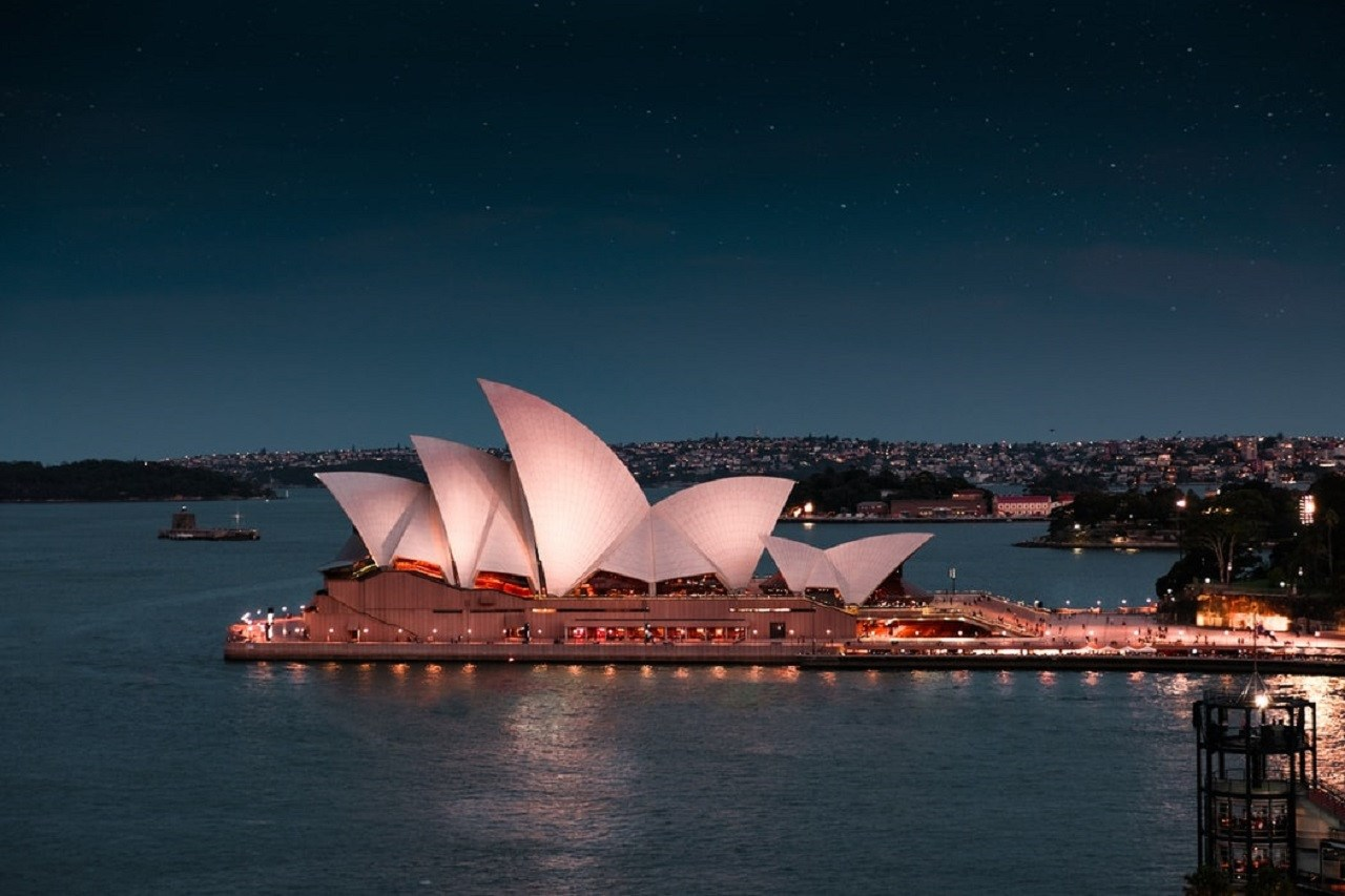 Ăn tối trên thuyền Sydney Showboat