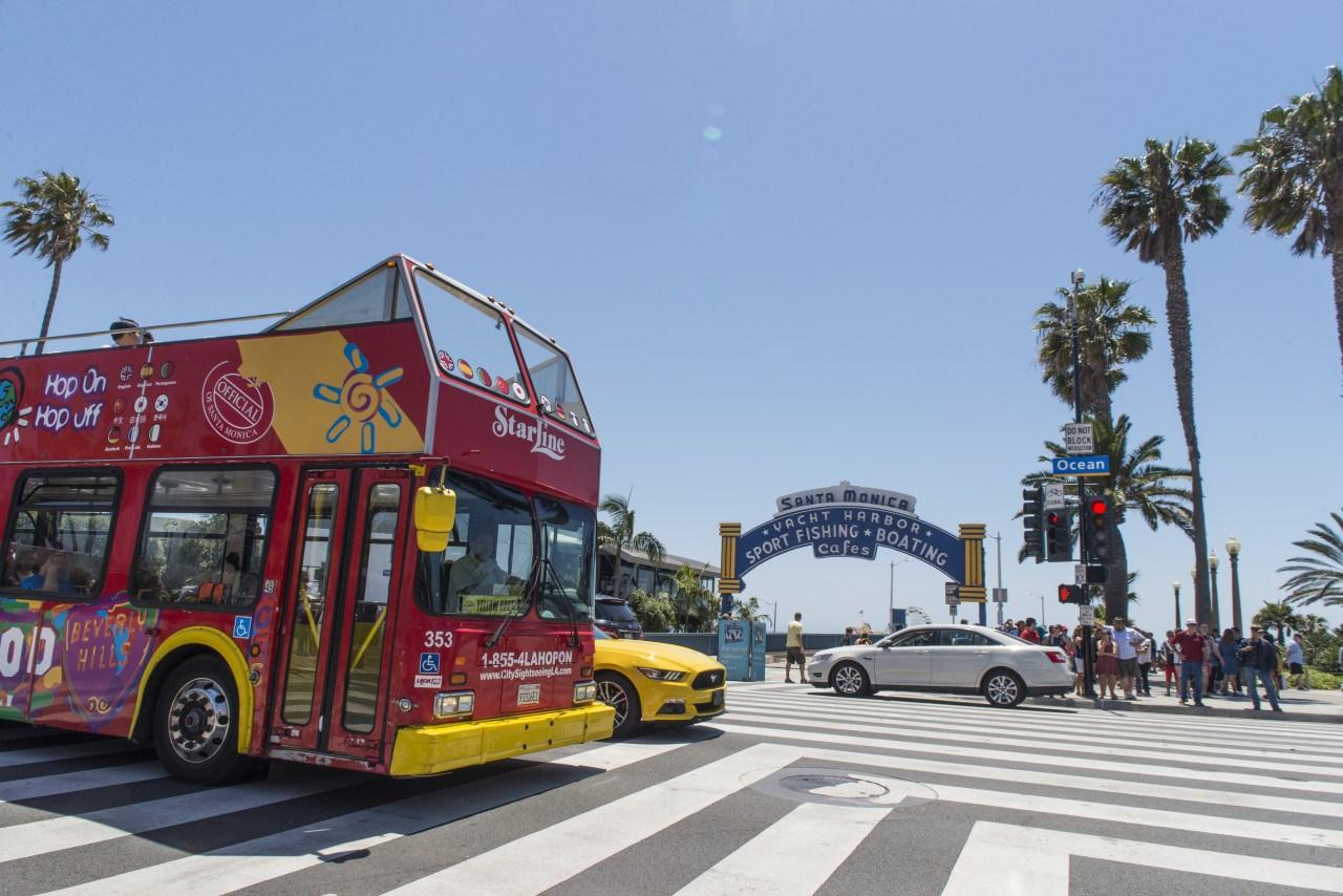 Los Angeles Hop-on & Hop-off Bus