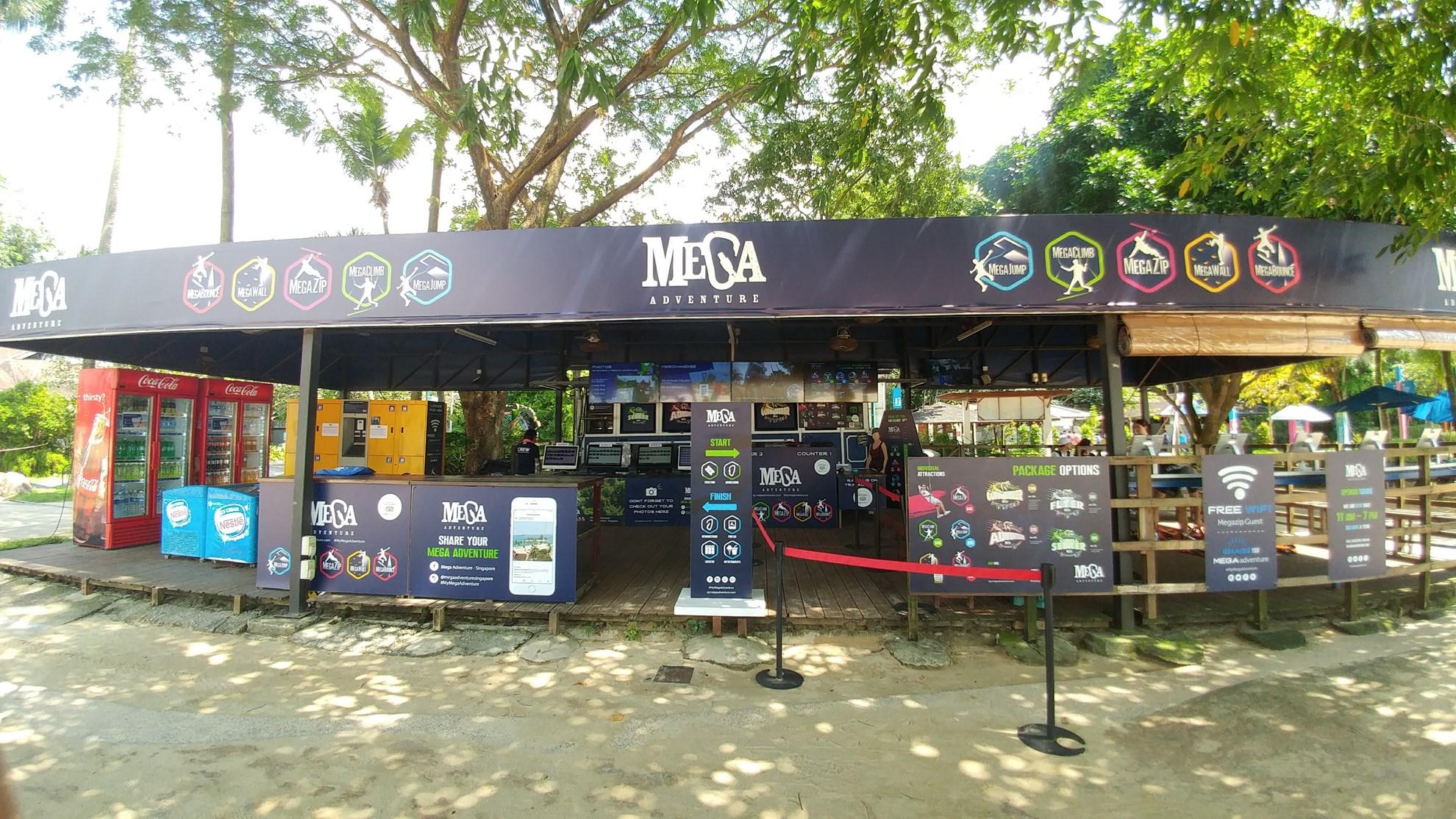 COMBO: MegaZip, MegaJump và MegaClimb + Bảo tàng Trick Eye Singapore