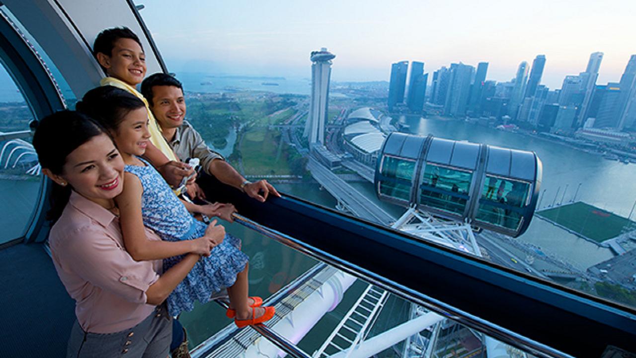 COMBO: Singapore Hop-on & Hop-off Bus + Singapore Flyer