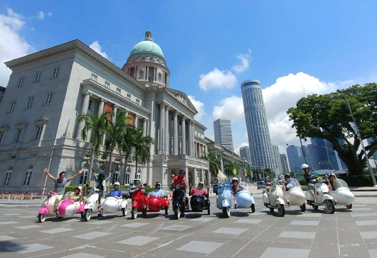 Singapore Formula 1 Street Circuit Sidecar Ride