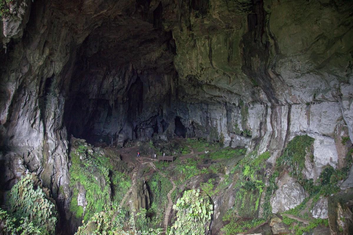 Tour Tham quan Hang Tiên (Fairy Cave ) và Hang Gió (Wind Cave)