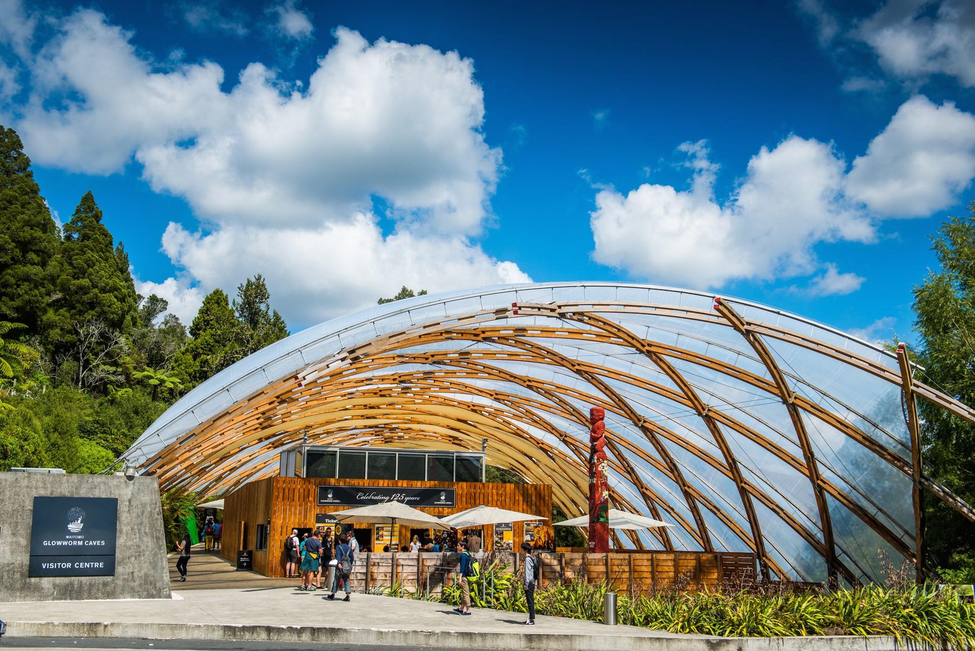 Tour tham quan hang Waitomo Glowworm, khởi hành từ Rotorua
